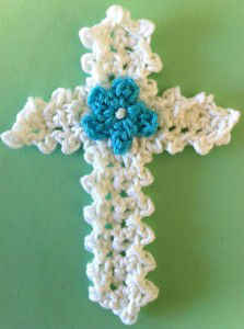 FP220 Easter Cross Applique