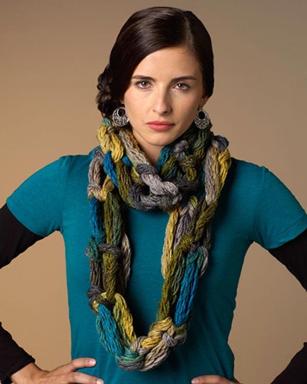 LW3480-Hand-Crochet-Cowl-optw