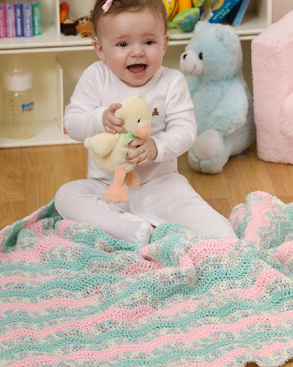 LW2317-Soft-Waves-Baby-Blanket-optw