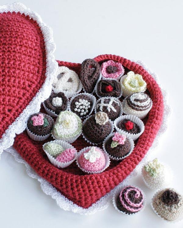 WR1086-Box-of-Chocolates-optw