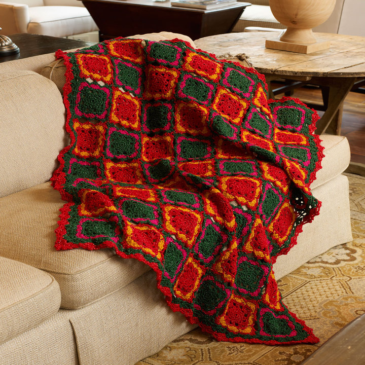 LW3690-Fun-for-the-Holidays-Afghan