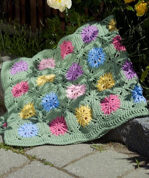 WR1654-Crochet-Flower-Field