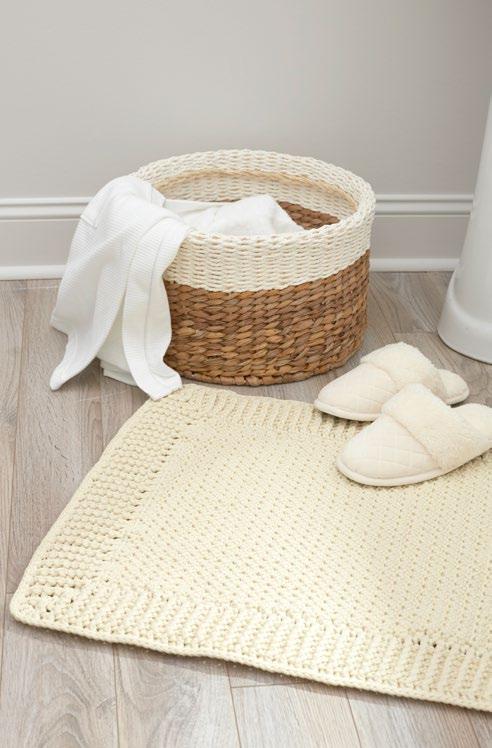 LW5479-Home-Spa-Bath-Mat-Free-Crochet-Pattern
